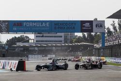 Митч Эванс, Jaguar Racing, и Андре Лоттерер, Techeetah