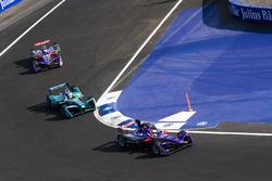 Алекс Линн, DS Virgin Racing, Антониу Феликс да Кошта, Andretti Formula E Team, и Сэм Бёрд, DS Virgin Racing