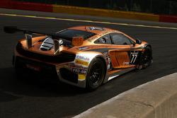 #77 MRS GT McLaren MP4-12C: Carlos Kray, Justino Azcarate, Ilya Melnikov, Philipp Eng