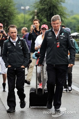 Paddy Lowe, Mercedes AMG F1 Executive Director, and Ross Brawn, Mercedes AMG F1 Team Principal