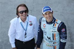 Emerson Fittipaldi, e Bruno Senna, Aston Martin