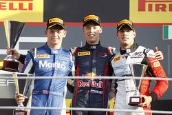 Race winner Daniil Kvyat