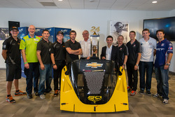 Pilotos americanos no evento Le Mans: foto em grupo