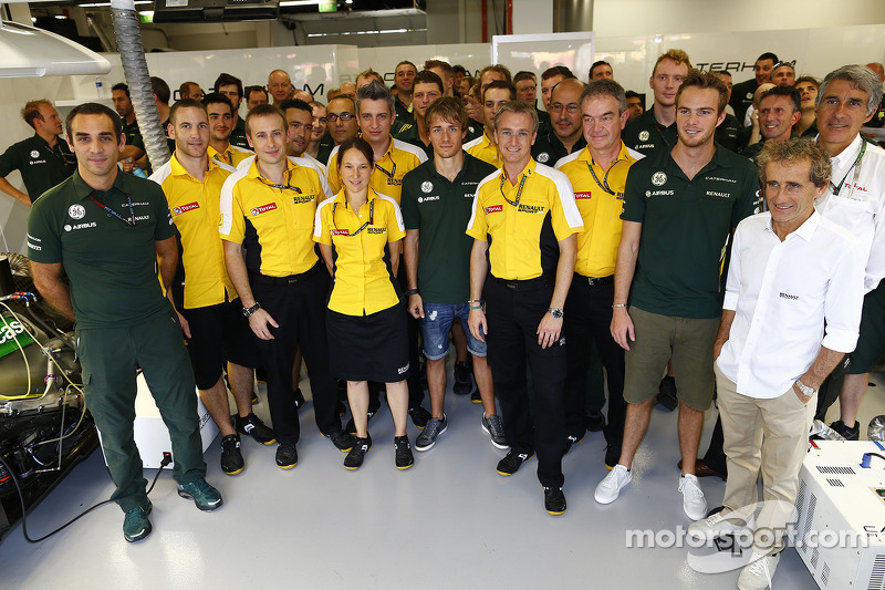 Cyril Abiteboul, and Jean-Francois Caubet, Renault Sport F1 Managing Director, Charles Pic, Cathera