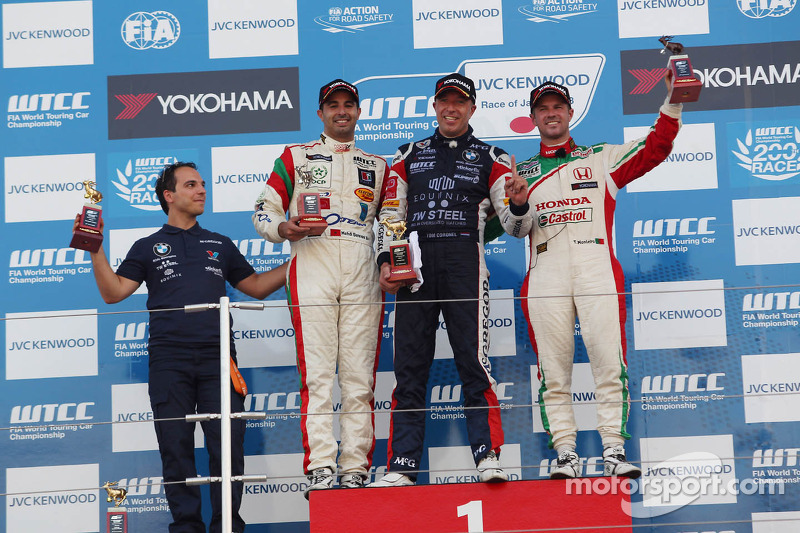 1e plaats Tom Coronel, BMW E90 320 TC, ROAL Motorsport, Mehdi Bennani, BMW E90 320 TC, Proteam Racin