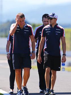Pastor Maldonado, Williams walks the circuit