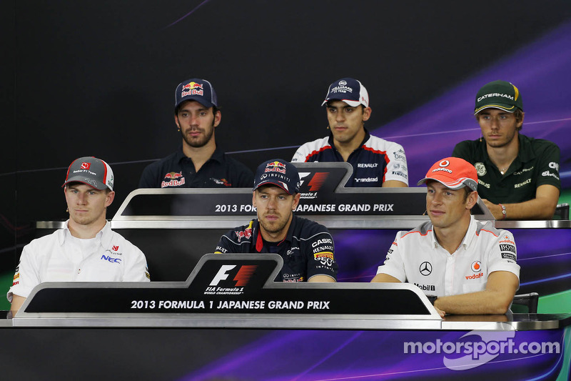 Jean-Eric Vergne, Scuderia Toro Rosso; Pastor Maldonado, Williams; Charles Pic, Caterham; Nico Hulkenberg, Sauber; Sebastian Vettel, Red Bull Racing; Jenson Button, McLaren