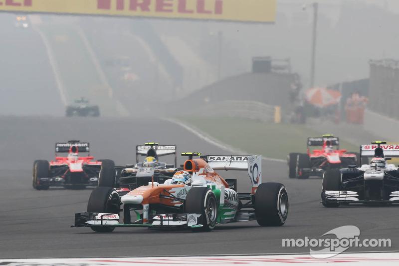 Adrian Sutil, Sahara Force India VJM06 bij de start van de race