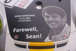 Tributo a Sean Edwards em um dos carros da Black Falcon