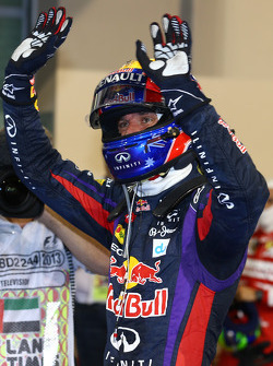 El ganador de la pole Mark Webber, Red Bull Racing