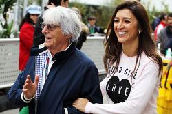 Bernie Ecclestone, CEO Formula One Group, met zijn vrouw Fabiana Flosi (BRA)