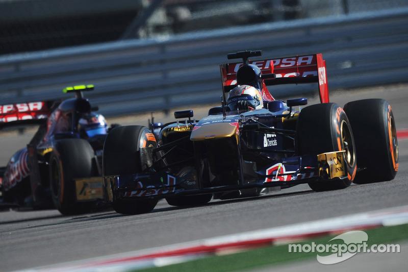 Daniil Kvyat, Scuderia Toro Rosso STR8 voor Daniel Ricciardo, Scuderia Toro Rosso STR8