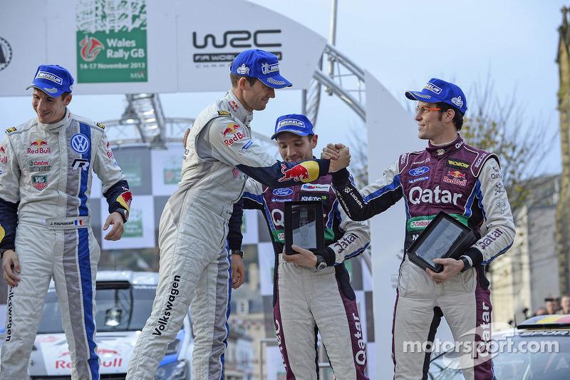 Ganadores Sébastien Ogier y Julien Ingrassia, tercer lugar Thierry Neuville y Nicolas Gilsoul