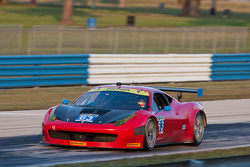 #63 Scuderia Corsa Ferrari 458: Olivier Beretta, Alessandro Balzan