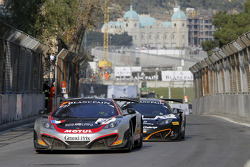 #27 Hexis Racing McLaren MP4-12C: Rob Bell, Kevin Estre