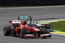 Felipe Massa, Ferrari F138 y Lewis Hamilton, Mercedes AMG F1 W04