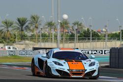 #9 Gulf Racing McLaren MP4-12C GT3: Michael Wainwright, Rob Bell, Adam Carroll