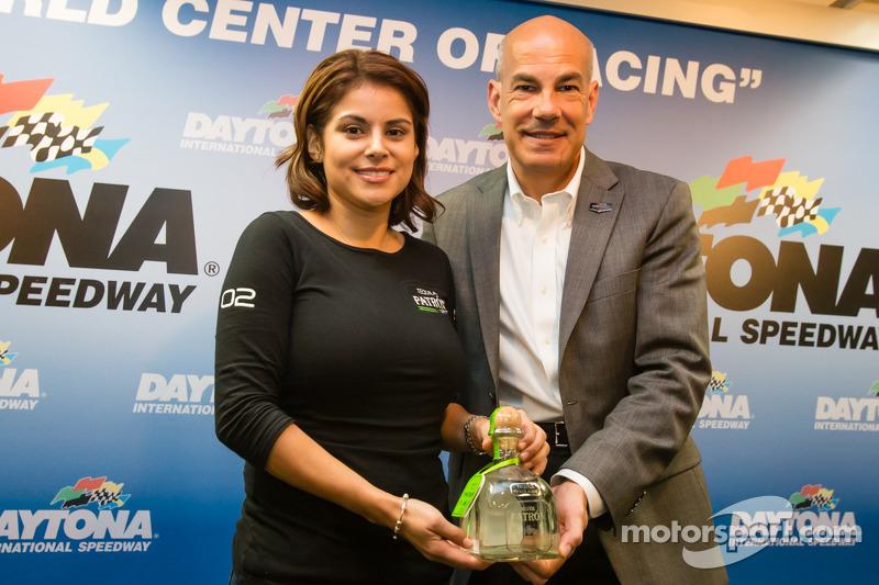 Tequila Patron conferenza stampa: Stephanie Rivera da Tequila Patron e Scott Atherton, IMSA Presiden