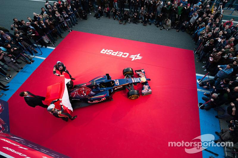 Daniil Kvyat, Scuderia Toro Rosso and Jean-Eric Vergne, Scuderia Toro Rosso at the unveiling of the