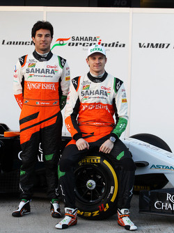 Sergio Pérez, Sahara Force India F1 y Nico Hulkenberg, Sahara Force India F1 en el lanzamiento dl nu
