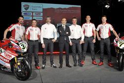 Chaz Davies and Davide Giugliano and the Ducati WSBK team