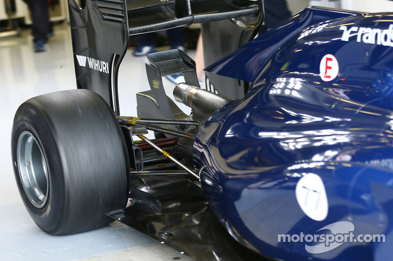 Valtteri Bottas, Williams FW36 sospensione posteriore
