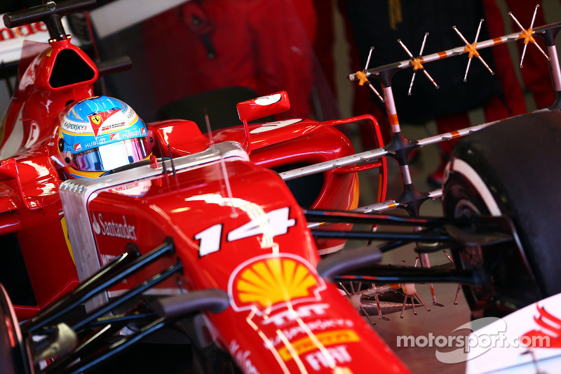 Fernando Alonso, Ferrari F14-T leaves the pits running sensor equipment
