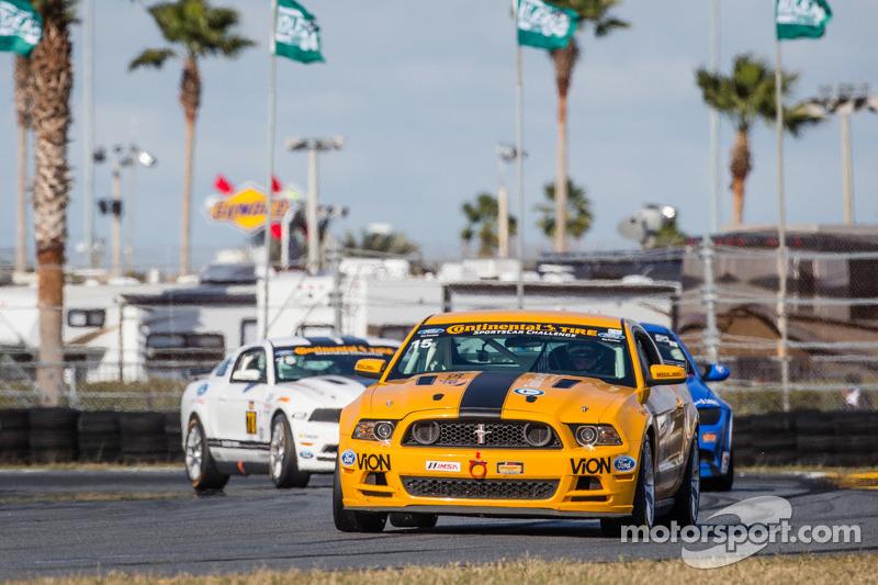 #15 Multimatic Motorsports Mustang Boss 302 R: Scott Maxwell, Jade Buford