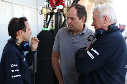 (Soldan Sağa): Felipe Massa, Williams ve Gerhard Berger, ve Pat Symonds, Williams Baş Teknik Sorumlusu