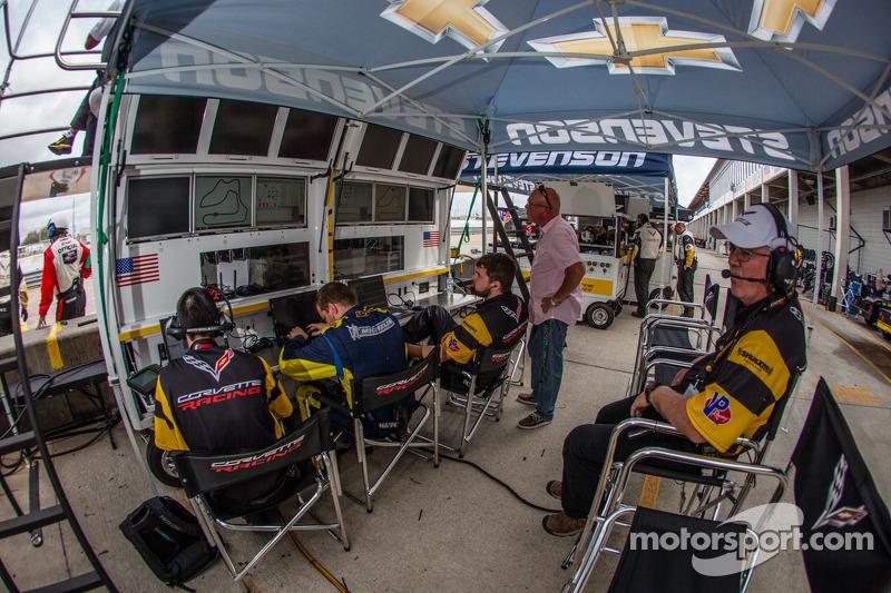 Corvette Racing pit alanı
