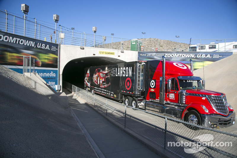Hauler Of Kyle Larson At Phoenix