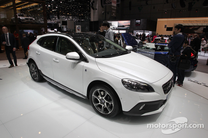 Volvo V40 Cross Country Ocean Race Edition