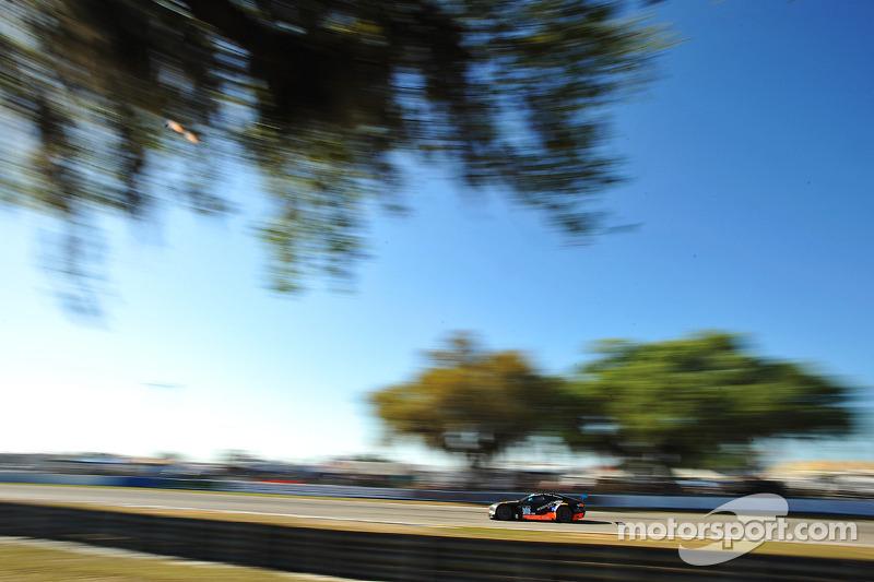 #009 TRG-AMR 阿斯顿马丁 V12 Vantage: 克里斯·威尔森, 马克斯·里德尔, 布兰登·戴维斯