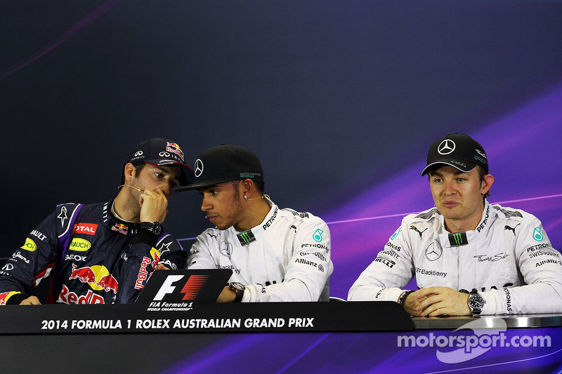 La conferenza stampa FIA, Daniel Ricciardo, Red Bull Racing; Lewis Hamilton, Mercedes AMG F1; Nico Rosberg, Mercedes AMG F1