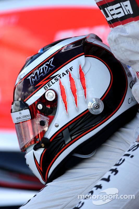 Casco di Max Chilton, Marussia F1 Team