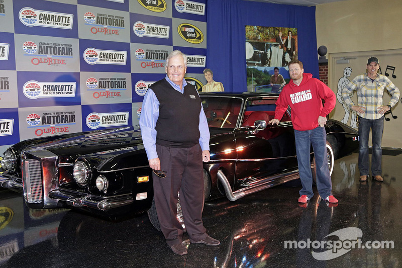 Elvis Presley Enterprises CEO Jack Soden, Rick Hendrick, Ray Evernham, Dale Earnhardt Jr. and Charlotte Motor Speedway President and General Manager Marcus Smith pose for a photo with Elvis' 1973 Stutz Blackhawk
