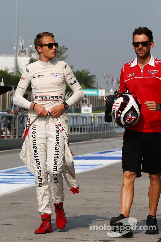 Max Chilton, Marussia F1 Team; Sam Village, Marussia F1 Team