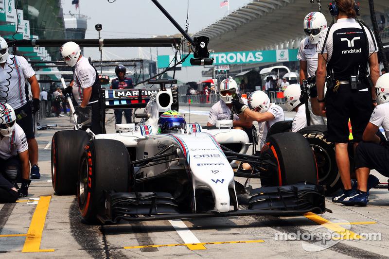 Felipe Massa, Williams FW36 pitstop antrenmanı yapıyor