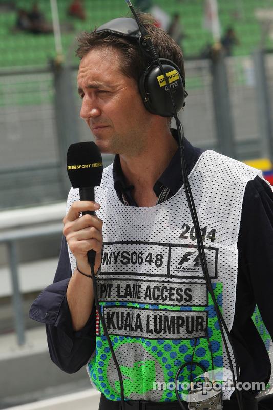 Tom Clarkson, Jornalista e BBC TV Repórter