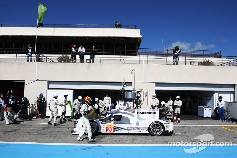 #20 Porsche Team Porsche 919 Hybrid: Mark Webber, Brendon Hartley, Timo Bernhard