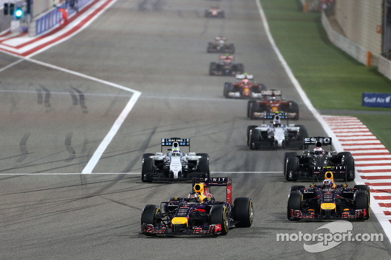 Sebastian Vettel, Red Bull Racing e Daniel Ricciardo, Red Bull Racing  06