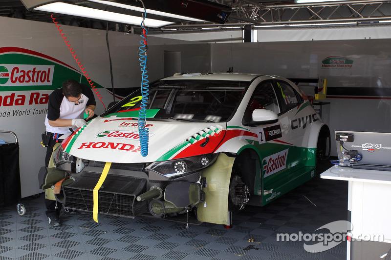 Gabriele Tarquini, Honda Civic, Honda Castrol WTC team