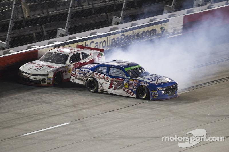 Problemi per Kyle Larson e Tanner Berryhill