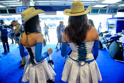Cowgirls in the Yamaha garage
