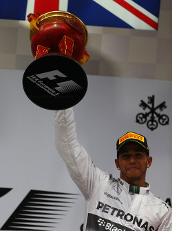 Primo posto Lewis Hamilton, Mercedes AMG F1