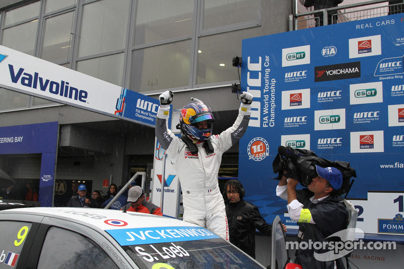 Vincitore Sébastien Loeb, Citroen C-Elysee WTCC, Citroen Total WTCC
