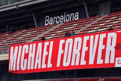 Баннер на підтримку Міхаеля Шумахера