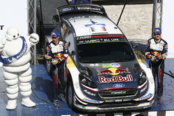 Podium: ganadores, Sébastien Ogier, Julien Ingrassia, M-Sport Ford WRT Ford Fiesta WRC
