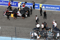 Edoardo Mortara, Venturi Formula E Team, Nelson Piquet Jr., Jaguar Racing, sur la grille