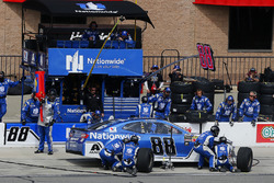 Alex Bowman, Hendrick Motorsports, Chevrolet Camaro Nationwide pit stop